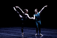 Margaret Mullin & Ezra Thomson | William Forsythe's In the middle, somewhat elevated